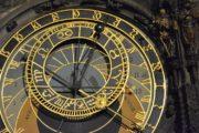 L'horloge de l'apocalypse: quand les scientifiques mesurent l'imminence de la fin du monde par les aiguilles d'une horloge