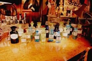 Les huiles essentielles s'invitent en parfumerie