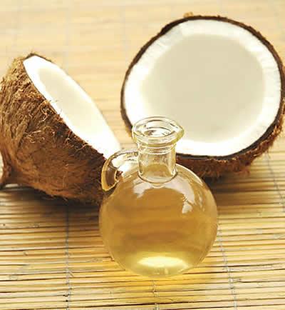 L'huile de coco, le nouveau produit beauté à adopter