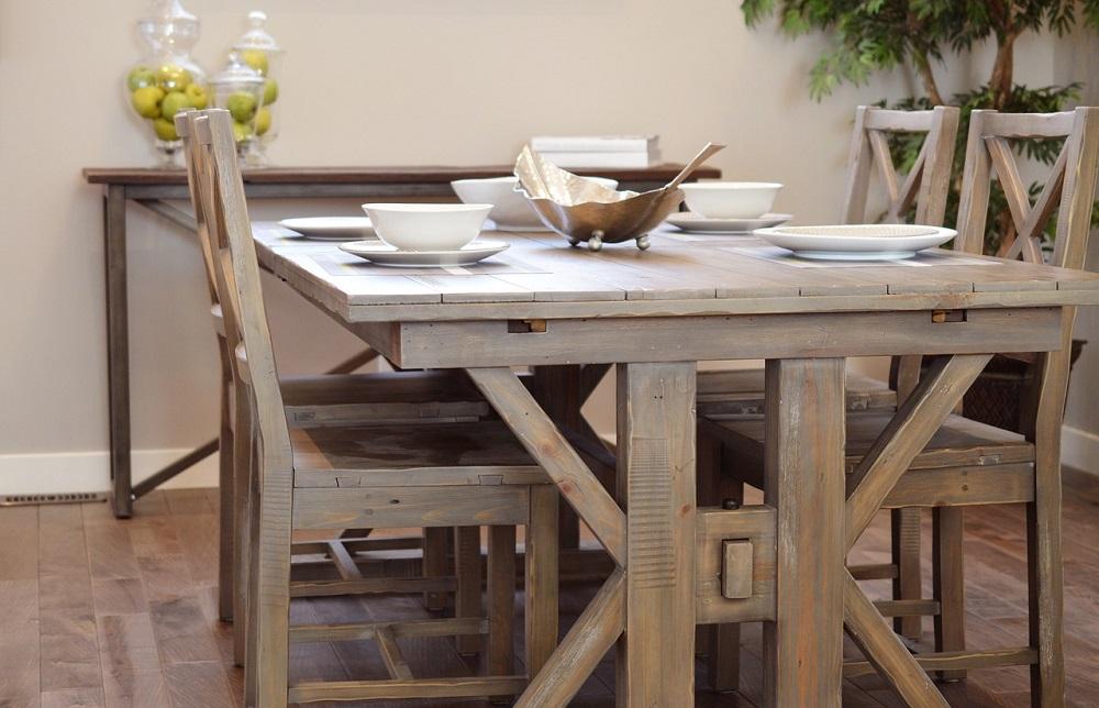 table-chaises-bois-salle-à-manger