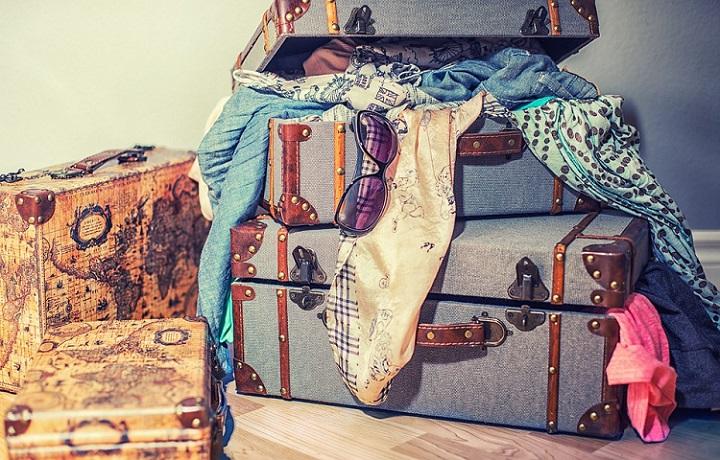 Comment bien préparer sa valise de voyage à la dernière minute sans stress?