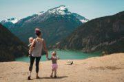 Vacances avec bébé : les accessoires indispensables